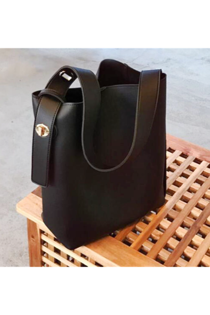Leather tote bag(mama)